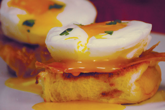 Open-Faced Poached Eggs and Prosciutto Breakfast Sandwiches